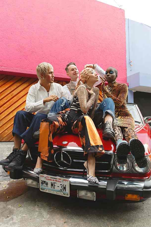 Mexico City,Rina Sawayama ,People,Mode,Mercedes Benz, Mercedes-Benz How To
