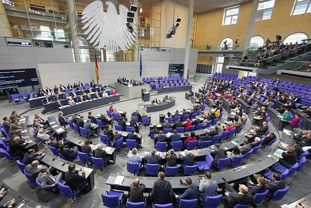 Bundestag stimmt über weitgehende Soli-Abschaffung ab