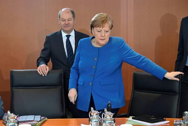 Merkel und Scholz gegen Lockerung von Schutzmaßnahmen