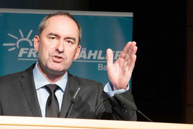 Hubert Aiwanger gegen Nachteile für Ungeimpfte