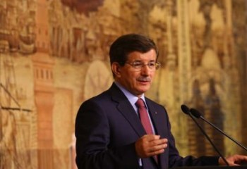 """Davutoğlu: """"Çözüm sürecinde her türlü adımı atmaya hazırız"""""""