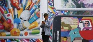 Samsung'dan esnek ekranlı akıllı telefon atağı!