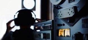İzmir'de yasa dışı dinleme operasyonu, 26 gözaltı!