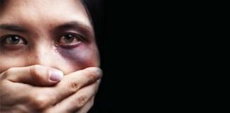 Vahşice öldürülen Özgecan Aslan'ın ardından birçok kadın maruz kaldıkları tacizleri 'Sen de anlat' diyerek Twitter'da paylaşmaya başladı.