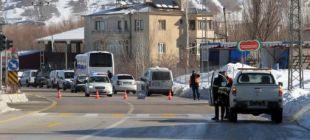 Van'da çatışma: Biri polis 13 kişi öldü