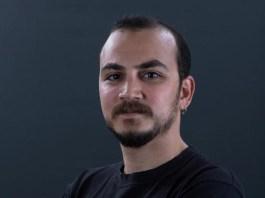 Ahmet Yapar kimdir?