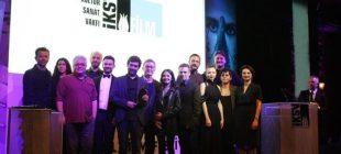 38. İstanbul Film Festivali'nde en iyiler belli oldu… En iyi film ödülünü Kız Kardeşler aldı!