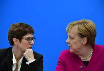 Merkel'in halefi Alman CDU liderinden Türk muhalefet partilerine dayanışma çağrısı