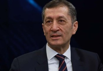 Milli Eğitim Bakanı Selçuk: Liselerde ders sayısı azalıyor