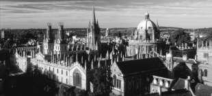 Oxford'un 900 yıllık tarihinde bir ilk: 'Düşük' notlu öğrenci de alınacak