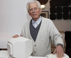 Settant'anni di ceramica artistica: un sito Internet racconta l'artigiano-artista, Elio Cerbella