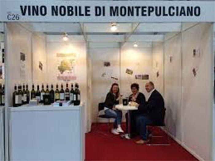 Vino Nobile di Montepulciano: il grande rosso si vendemmia in rosa