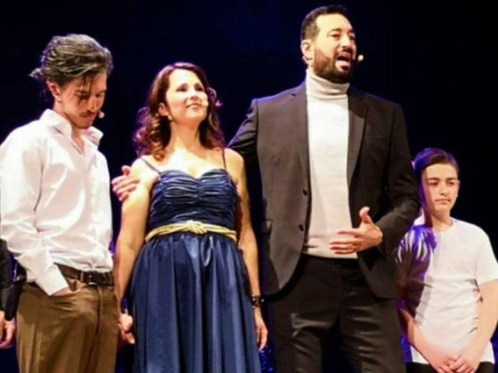 A Napoli emozioni e applausi per 'Cuori Ribelli' di Gioia Miale