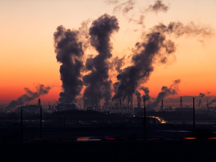 Consumi, 8 italiani su 10 valutano impatto sul clima