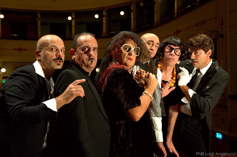 Sei personaggi in cerca del settimo San Costanzo show-1