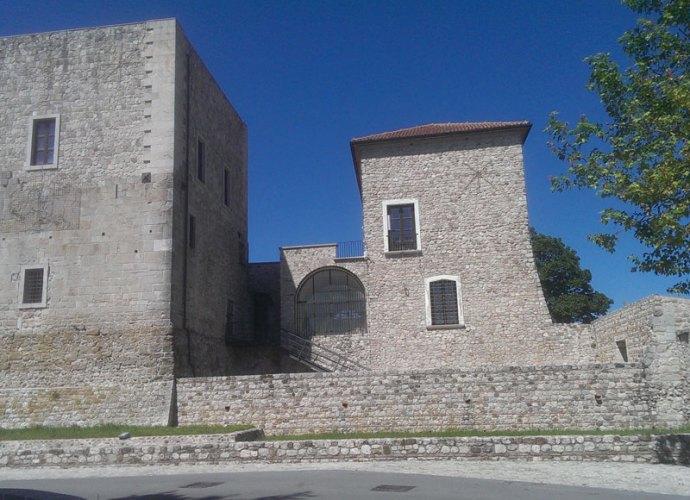 Castello_Sant'Angelo_dei_Lombradi-copertina