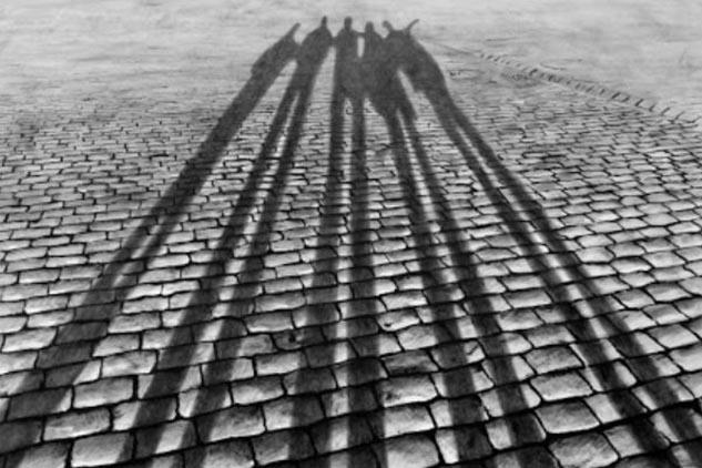 """Il protagonismo delle """"ombre"""": le opere di Mario Panizza"""