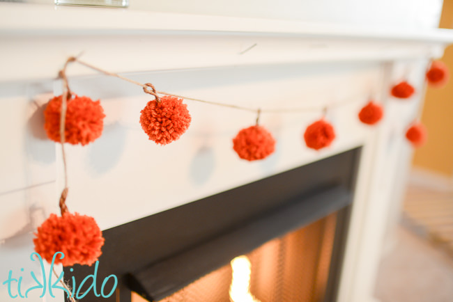 Pumpkin craft ideas -pompom