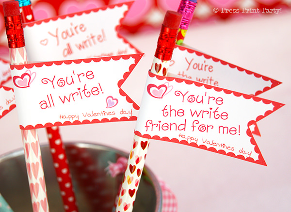 Free DIY Valentine's day printable pencil toppers - Valentines day gift classroom - Free Printale - Press Print Party!