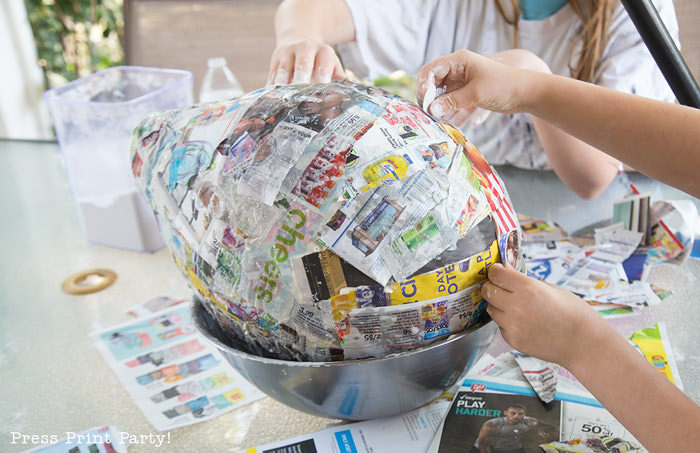 Pineapple Pinata Tutorial, the good, the bad and the funny! How to make a pineapple pinata. Balloon with layers of newspaper