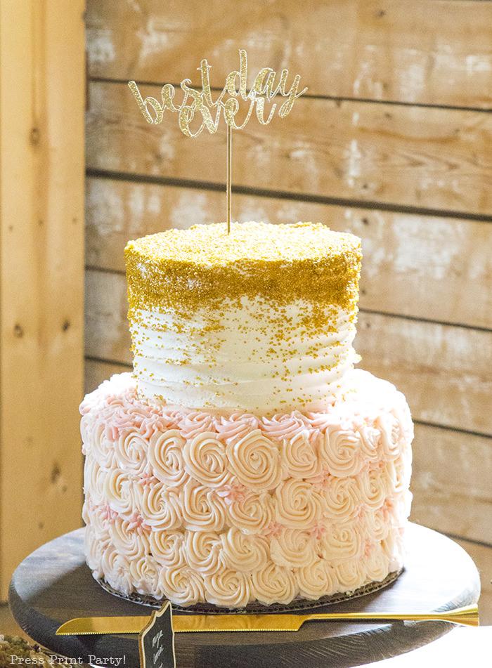 A breathtaking rustic barn wedding - country wedding - Press Print Party! cake