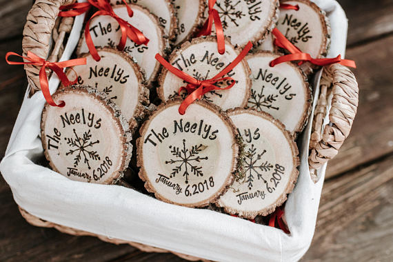 11 Wedding Favors Your Guests Will Love - By Press Print Party! Wood Ornements