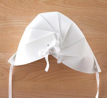 back of Paper pilgrim bonnet hat