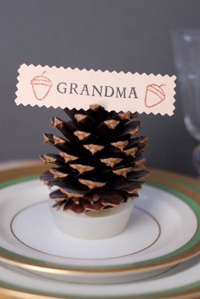 Pine cone diy craft w parafin thanksgiving place card holder
