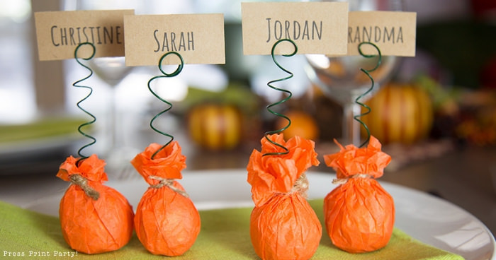 mini pumpkin thanksgiving place card holder craft with free printable card - Press Print Party!
