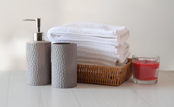 bathroom with basket with towels for guests. How to clean a bathroom for guests. How to make your bathroom guest ready. Press Print Party!