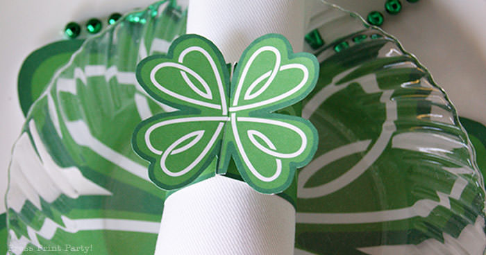 napkin ring Free St Patrick's Day Shamrock Printables by Press Print Party!