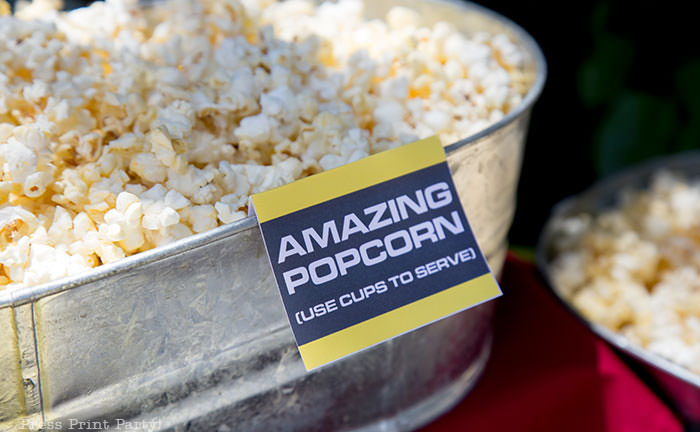 Amazing Race place card food tent for popcorn yellow and black - The amazing race party ideas - Press Print Party!