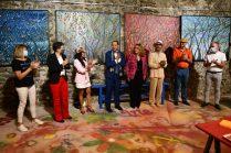 Christelle Marchal, maire de Malleval, Emma Henriot, Gregory Blin, Marie Céline Audigane, Shahram Nabati, Thierry Lambert, Serge RAULT, maire de Saint-Pierre-de-Bœuf, à l'expo à la Galerie d'Art Emma