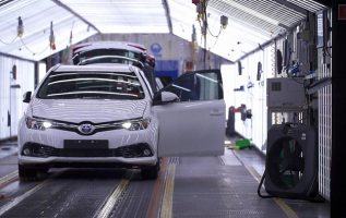 Toyota says no-deal Brexit would impact investment 1