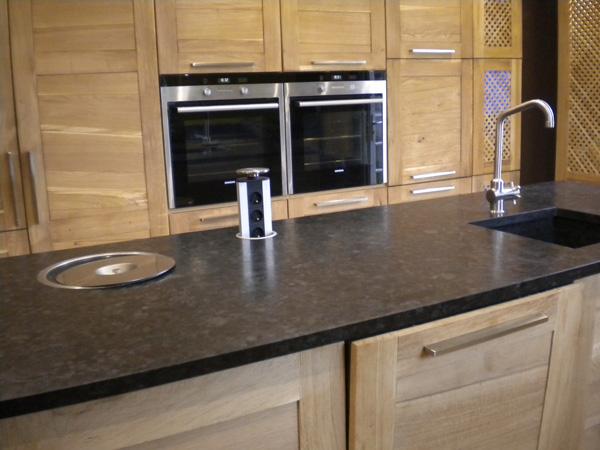 plans de travail pour votre cuisine gammes de granit quartz marbre resines tous coloris facile d entretien fabricant a lyon