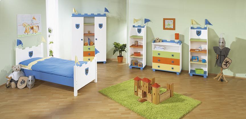 Organisation Chambre Enfant divers espaces de rangement des objets d'enfant