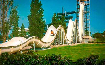 Water park - vertical drop slide
