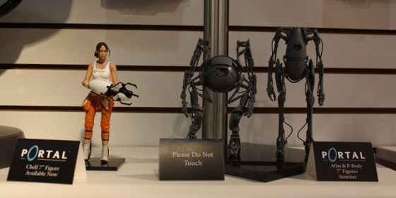 Toy Fair 2013 - NECA Portal 2 Chell, P-Body, and Atlas