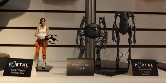Toy Fair 2013 - NECA Portal 2 Chell, P-Body, and Atlas