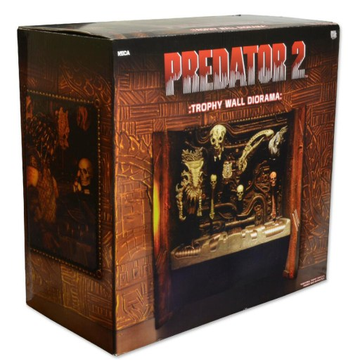 NECA Predator 2 Trophy Wall Diorama Packaged