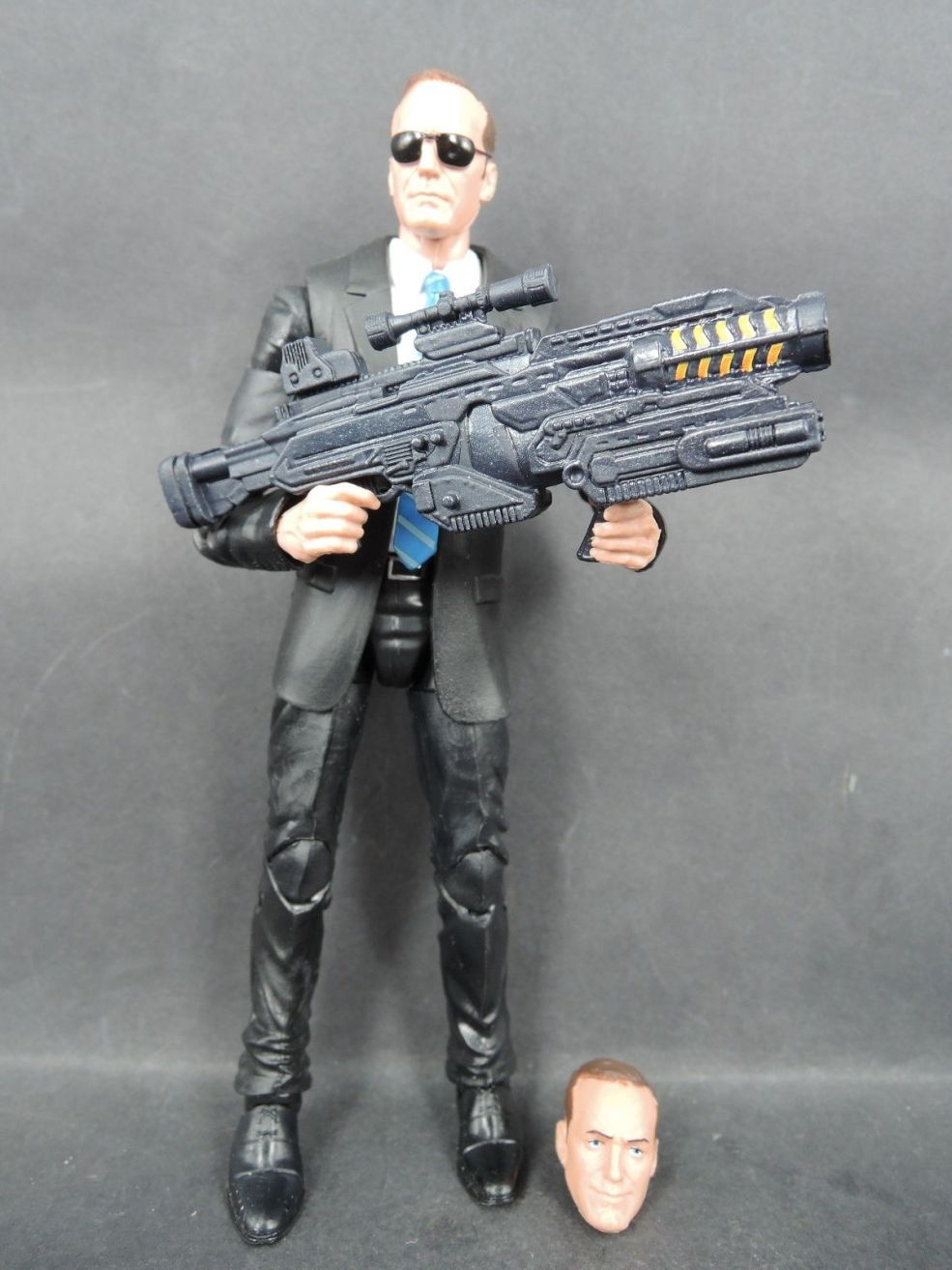 Hasbro Marvel Legends Agents of Shield Agent Phil Coulson