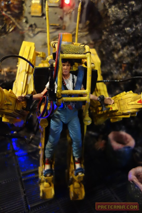 Toy Fair 2015 NECA Alien