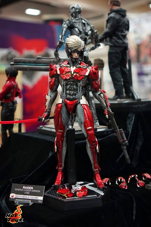 SDCC 2015 Metal Gear Rising Revengeance Raiden Inferno Armor
