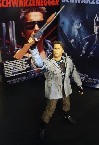 NECA Tech Noir and Police Assault Ultimate Terminator Review