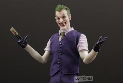 Mezco DC One:12 Joker Review