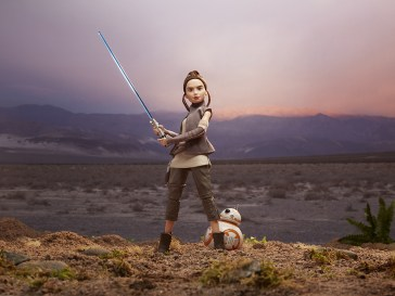 Star Wars Forces of Destiny 11-Inch Adventure Figure Assortment - Rey & BB-8 (2)