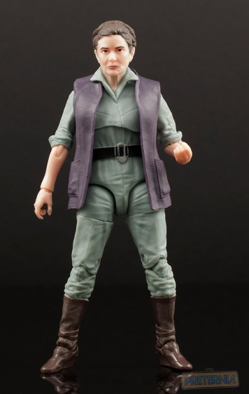 Hasbro Star Wars Black Six-Inch #52 General Leia Organa Review
