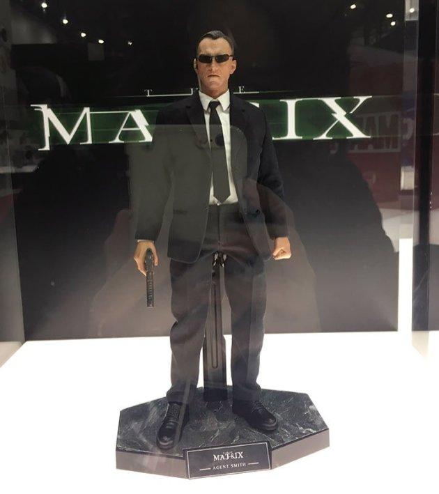 Tokyo Comic Con 2017: Hot Toys The Matrix Neo and Agent Smith