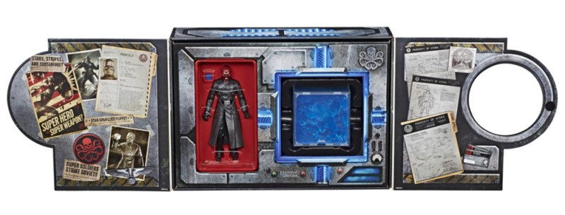 MARVEL LEGENDS SERIES RED SKULL & ELECTRONIC TESSERACT - in pkg1
