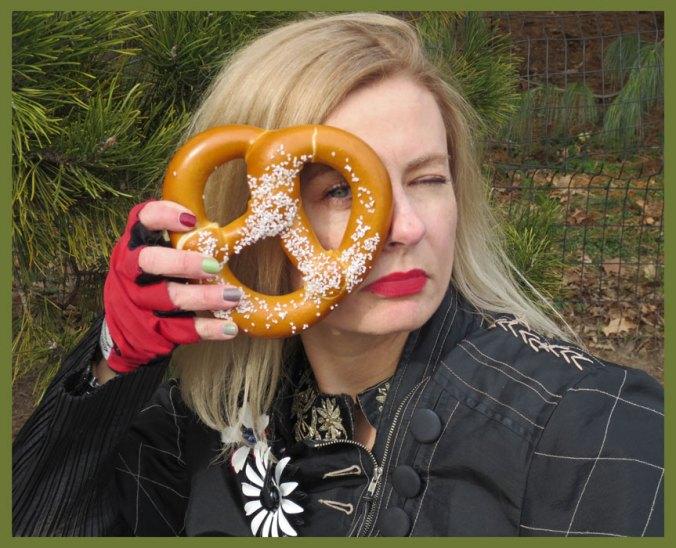 Eat a NYC pretzel after visiting the Met